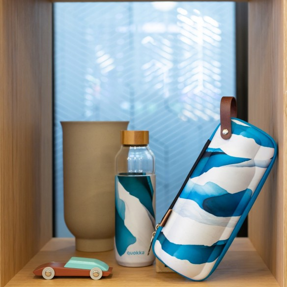 Funda flow case para botella reutilizable Flow quokka venta en guttus.
